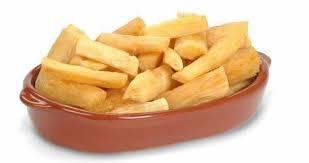 Maniok fritiert